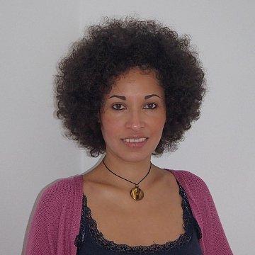 Lina Chaves