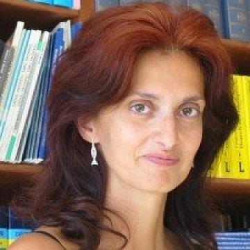 Júlia N.