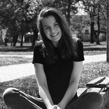 Katarína Miklášová