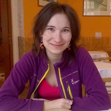 Zábavné a efektivní doučování účetnictví a angličtiny v Plzni