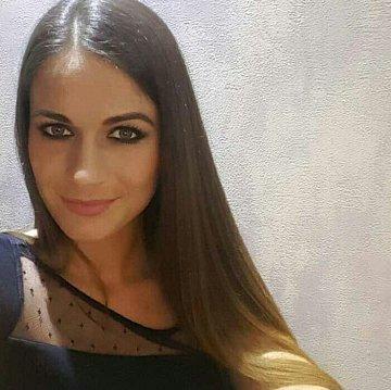 Alexandra Széles