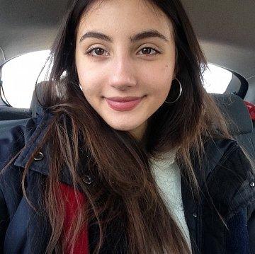 Adela Zai