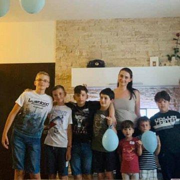 Ponukám individuálne hodiny nemeckého & anglického jazyka pre deti - zábavne a efektívne ! Konverzácie slovenského jazyka pre cudzincov !