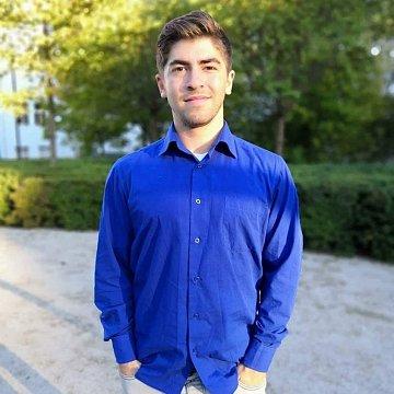 Ahoj :-) jsem student z ČVUT a mám rád matematiku, všelijaké počítání a řešení problémů.