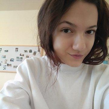 Linda Szekelyova