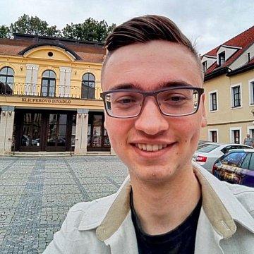 Doučování žáků ZŠ v Hradci Králové