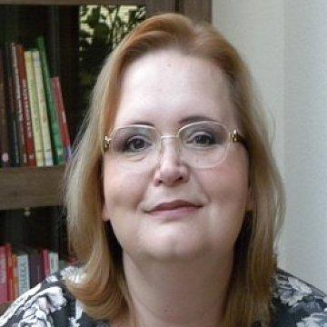 PeadJuliana Greňová