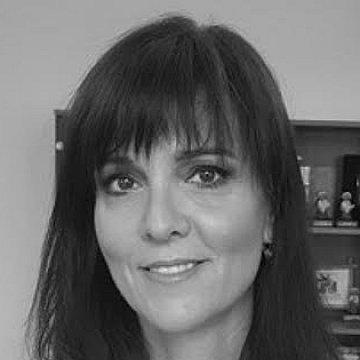 Nancy Závodská