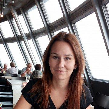 Eva Bayerová