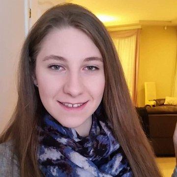 Tóth Adrienn