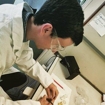Doučovanie chémie v Prievidzi a Bratislave