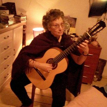 výuka hry na gitare na profesionálnej úrovni až 70 minút
