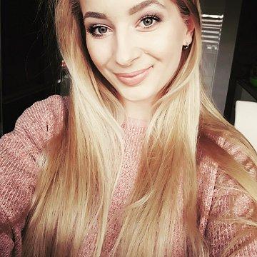 Monika Zaujecová