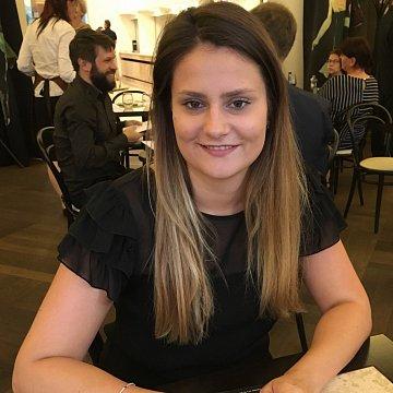 Stephanie Stefanovová