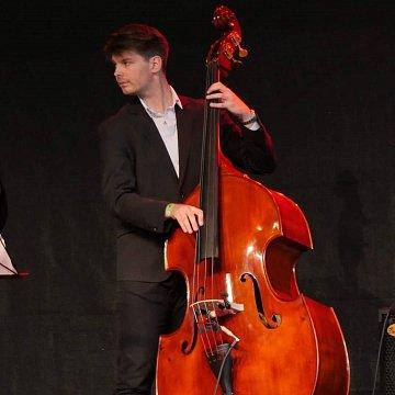 Basszusgitár tanítás Budapesten