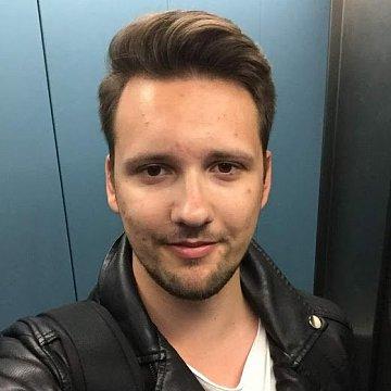 Petr Klepetko, matika, fyzika a angličtina v Praze / Skype