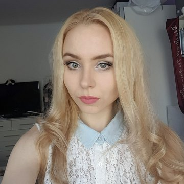 Nikola Viktorie Hažmuková