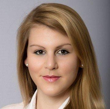 Laura Obergfell