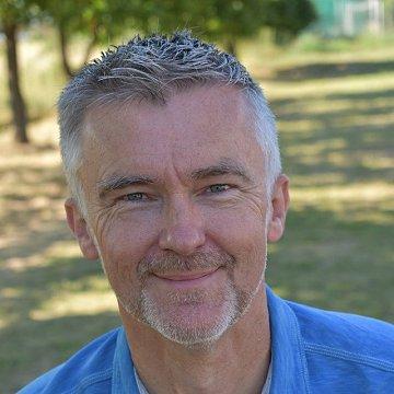 Native English (UK) Speaker for Lessons/Conversation in Senec
