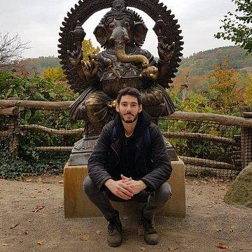 Rodilý mluvčí francouzštiny v Praze | Native French teacher in Prague
