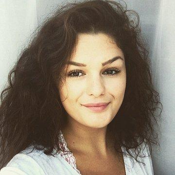Nicole Szekely Arauz