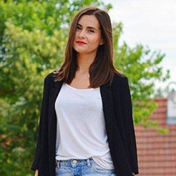 Dominika Mrázová