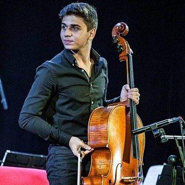 Profesionálne lekcie hry na violončele za dobrú cenu 15eur za 45 minút.