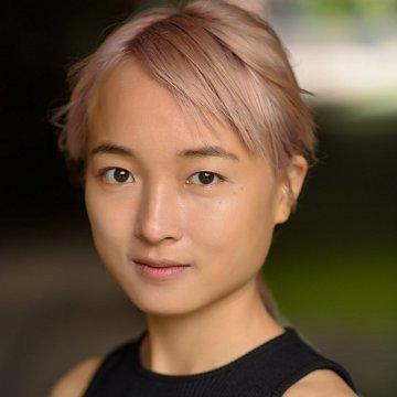 English/Chinese/Japanese tutor near Piešťany