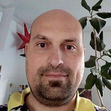 Mobiler Dipl.-Kaufmann (41, verh., 3 Kinder) mit jahrelanger Erfahrung im Nachhilfeunterricht in Mathematik, Englisch, Latein, Deutsch, BWL