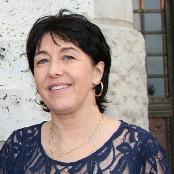 Sarolta G Jenes