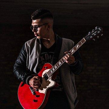 Doučovanie gitary (elektrickej/akustickej)