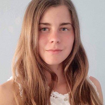 Tímea Sarina