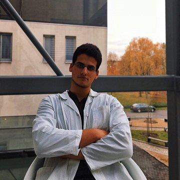 Doučování chemie, biologie, fyziky, také příprava na lékařské fakulty a příprava na nostrifikaci(+ ruština)