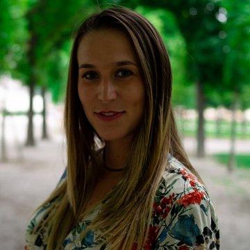 Italienisches Mädchen für Spanisch und Italienisch Nachhilfe