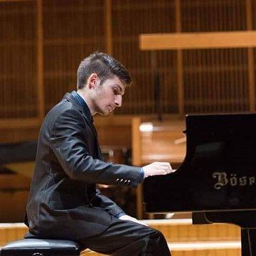 Profesionálne lekcie hry na klavíri ONLINE