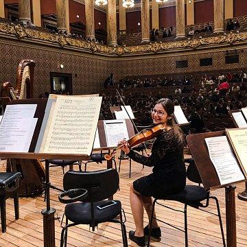Hra na husliach - Hudobná náuka - Dejiny hudby