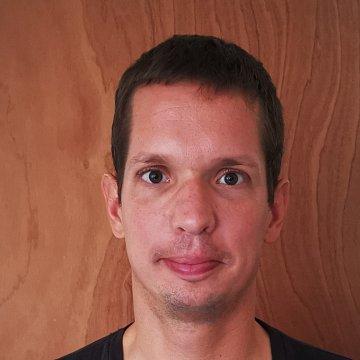 Balázs F.
