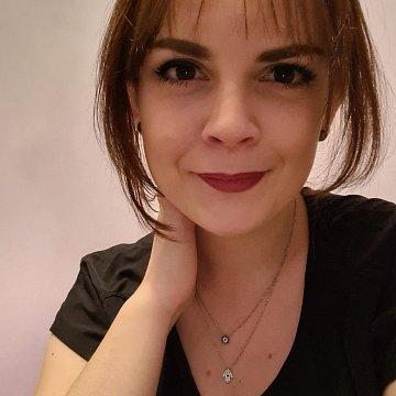 Frederika F.