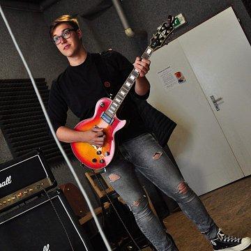 Kytara, angličtina a kytara v angličtině