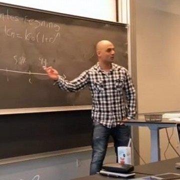 Tidligere lektor i matematik til spotpris