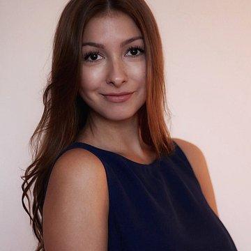 Julia Baitnez