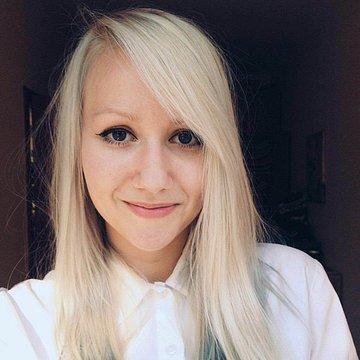Nina Straková