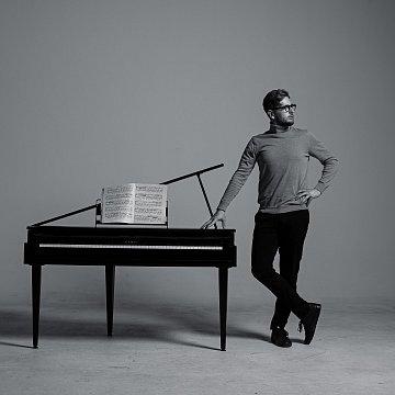 Norbert Danis - klavirista
