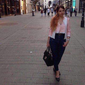 Anna Shama