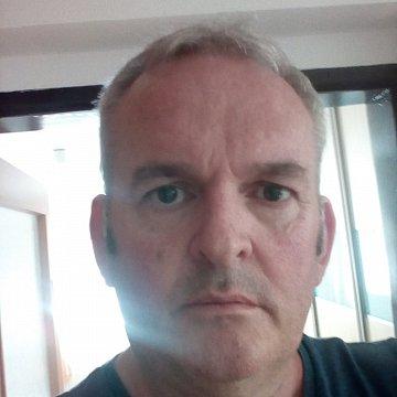 učiteľ angličtiny (native speaker) z Anglicka - cez Skype