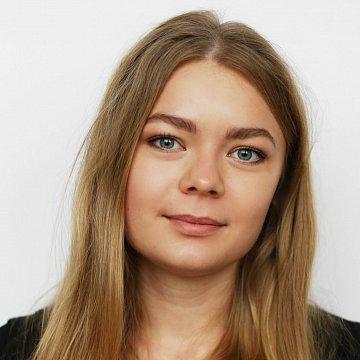 Karolína Kraváriková